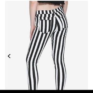 Hot topic pants